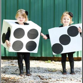 Egyszerű dobókocka jelmez gyerekeknek - farsangi jelmez kartondobozból