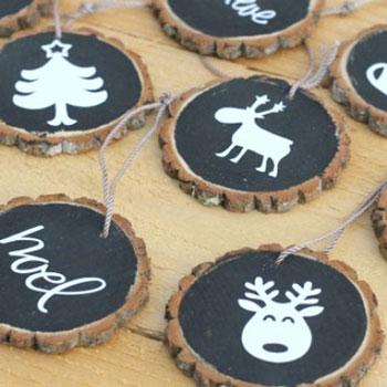Farönkszelet karácsonyfadíszek táblafestékkel