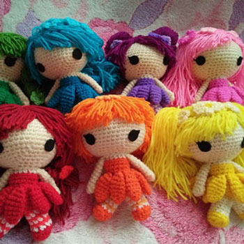Rainbow flower fairies (amigurumi dolls) - free crochet pattern - Mindy