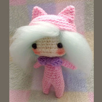Horgolt chibi macska baba (ingyenes amigurumi minta)