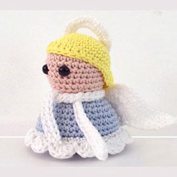 Mini amigurumi angyalka (ingyenes horgolásminta)