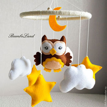 DIY Felt owl baby mobile (free sewing pattern) - Mindy