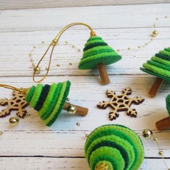 Mini filc kör karácsonyfácskák - filc karácsonyfadíszek