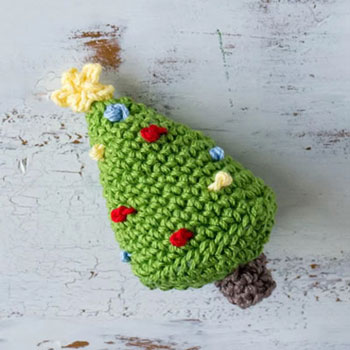 Mini amigurumi karácsonyfa (ingyenes horgolásminta)
