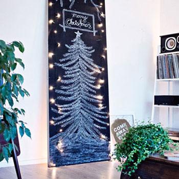 Krétatábla karácsonyfa - kreatív ötlet karácsonyfa helyett