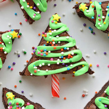 Brownie christmas trees with sugar icing