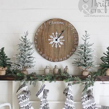 Adventi kalendárium óra fából - vintage karácsonyi dekoráció