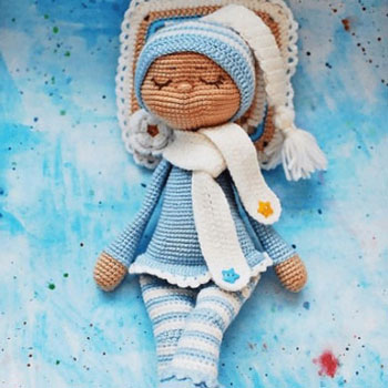 Sleeping amigurumi doll - free crochet pattern
