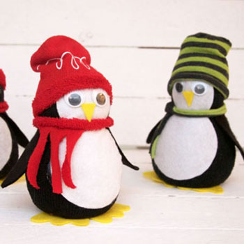 Adorable sock penguin ( no-sew fabric craft for kids )