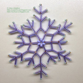 Easy bead snowflake ornament - free beading pattern