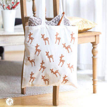 DIY Fabric grocery bag with reindeer pattern - fun potato stamp craft