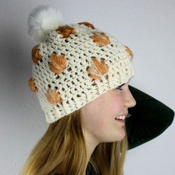 Crochet autumn beanie hat with leaves - free crochet pattern