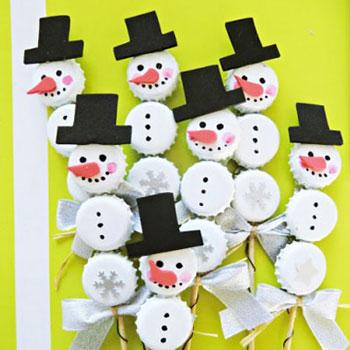 Söröskupak hóember - kreatív ötlet gyerekeknek