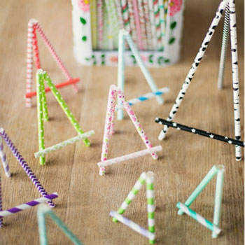 DIY Miniature paper straw easel