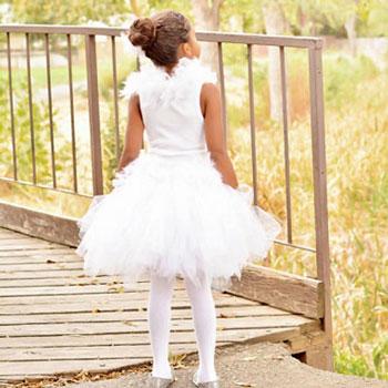 Egyszerű fehér hattyú (vagy balerina) jelmez gyerekeknek