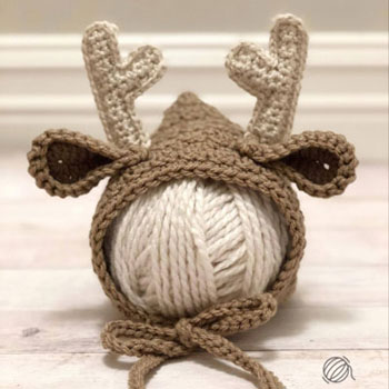 Crochet newborn deer bonnet (free crochet pattern)