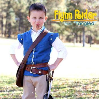 Flynn Rider jelmez fiúknak (Aranyhaj) - varrási útmutató