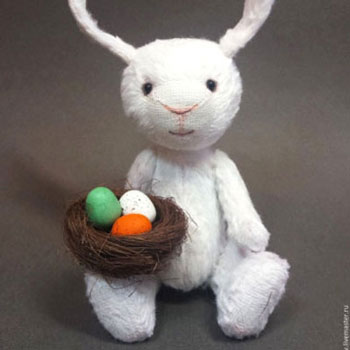 DIY Rustic bunny toy - free sewing pattern