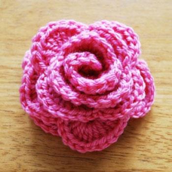 Egyszerű horgolt rózsa - ingyenes horgolásminta