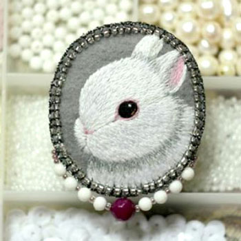 DIY Hand embroidered little white bunny brooch