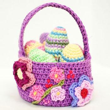 Horgolt virágos húsvéti kosár - ingyenes horgolásminta