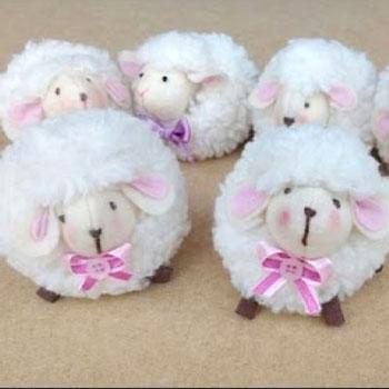 Aranyos húsvéti bárány plüss (ingyenes szabásminta)