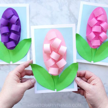 Egyszerű térbeli jácint virágos anyák napi képeslap - ötlet gyerekeknek