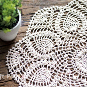 DIY Puff stich pineapple doily (free crochet pattern)