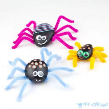 Kavics pók - kreatív ötlet gyerekeknek kavicsból