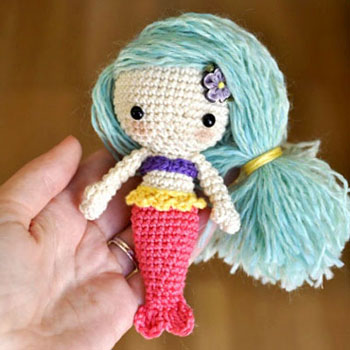 Tiny Amigurumi Mermaid Doll Free Crochet Pattern Mindy