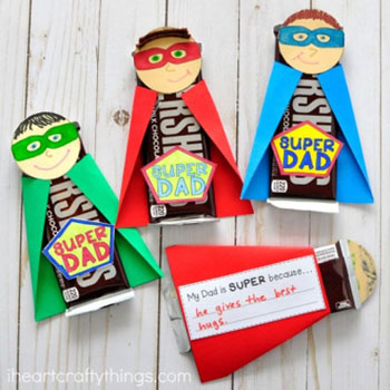 Super dad - fun father's day gift with chocolate (free printable)