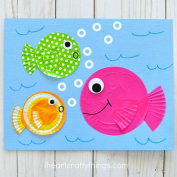 DIY Cupcake liner fish - fun summer craft for kids