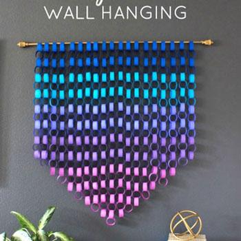 Csodás színátmenetes fali dísz színes papír láncokból