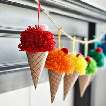 DIY Pom pom ice cream cones - fun summer decor