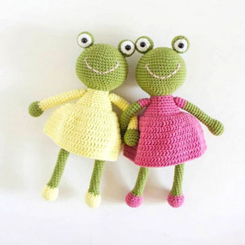 Amigurumi Frog Doll In Skirt Free Crochet Pattern Mindy