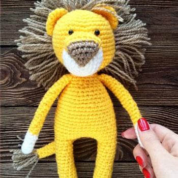 Amigurumi oroszlán (ingyenes horgolásminta és videó útmutató)