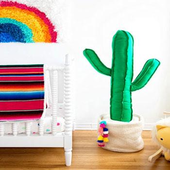 Óriás plüss kaktusz (ingyenes szabásmintával) - gyerekszoba dekoráció