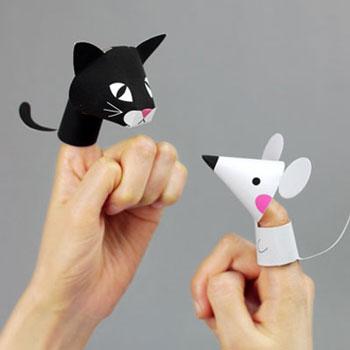 Ingyenesen nyomtatható papír ujjbáb farm állatok (cica, egér, ló, malac)