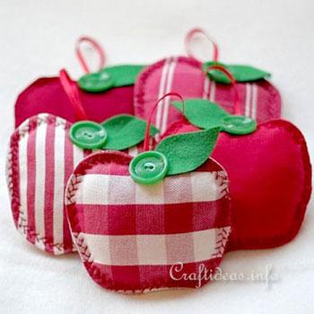 Egyszerű textil alma - illatpárna (ingyenes szabásminta)