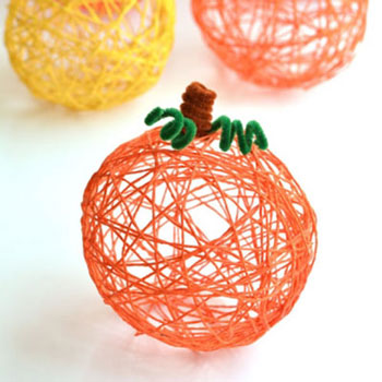 DIY Yarn ball pumpkins - fall yarn craft