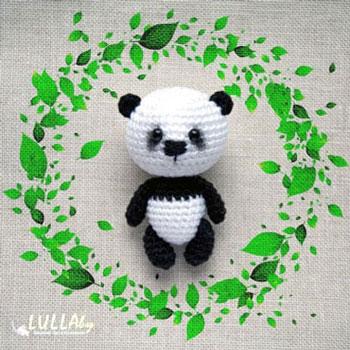 Mini amigurumi panda kulcstartó (ingyenes horgolásminta)