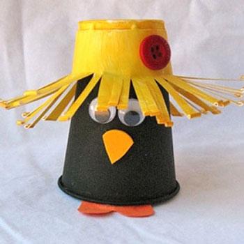 Műanyag pohár varjú - kreatív őszi ötlet gyerekeknek