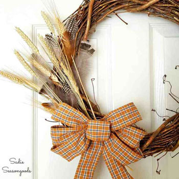 DIY Fall wreath with homemade wire ribbon - fall decor