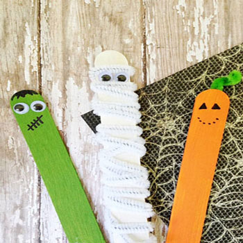 DIY Popsicle stick Halloween puppets - Halloween craft for kids