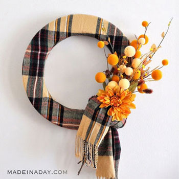 Easy DIY fall scarf wreath - autumn decor