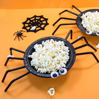 Easy DIY spider Halloween treat bowl