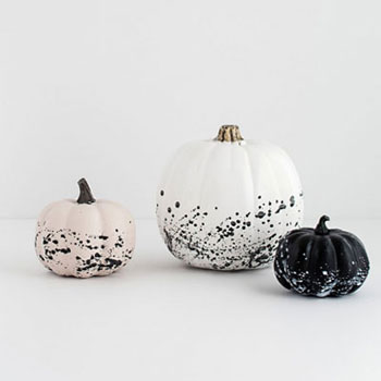 DIY Paint splattered pumpkins - easy and unique fall decor