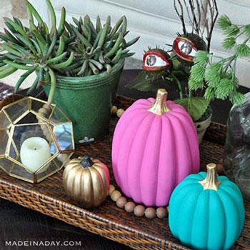 Színes festett tök - modern őszi dekoráció egyszerűen