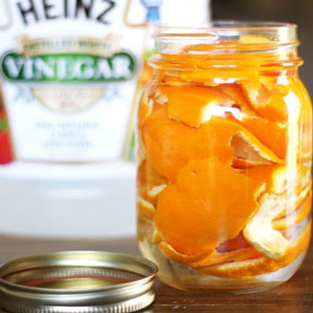 Tisztítószer házilag narancshéjból és ecetből