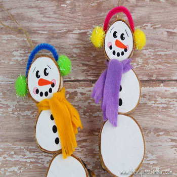 DIY wood slice snowman ornament - Christmas craft